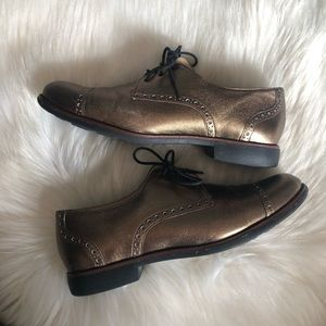 Cole Haan Gramercy Metallic Gold Oxford Shoes, 7.5